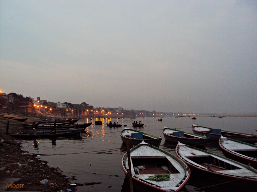Dusk, Ganges, Ghats, Varanasi, Uttar Pradesh