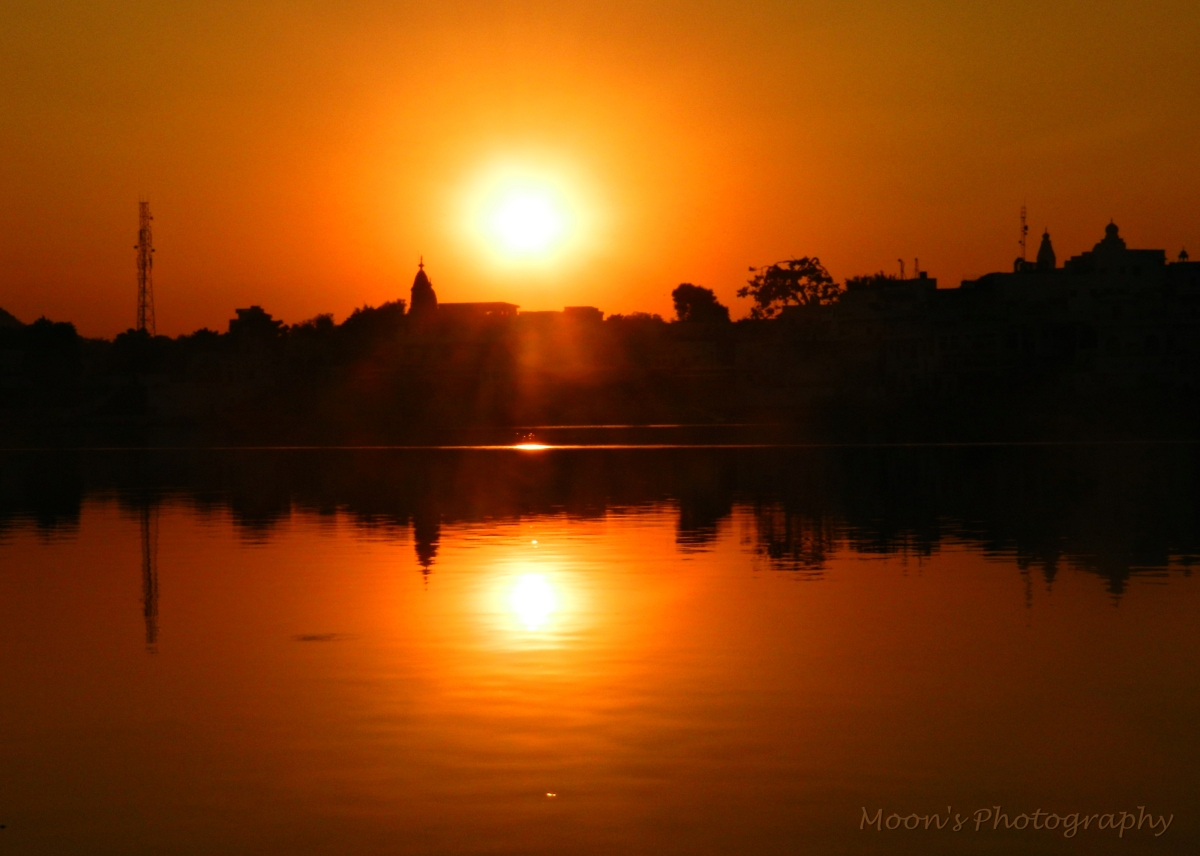 pushkar sunset, Sunset at Holy Lake, Pushkar, Rajasthan