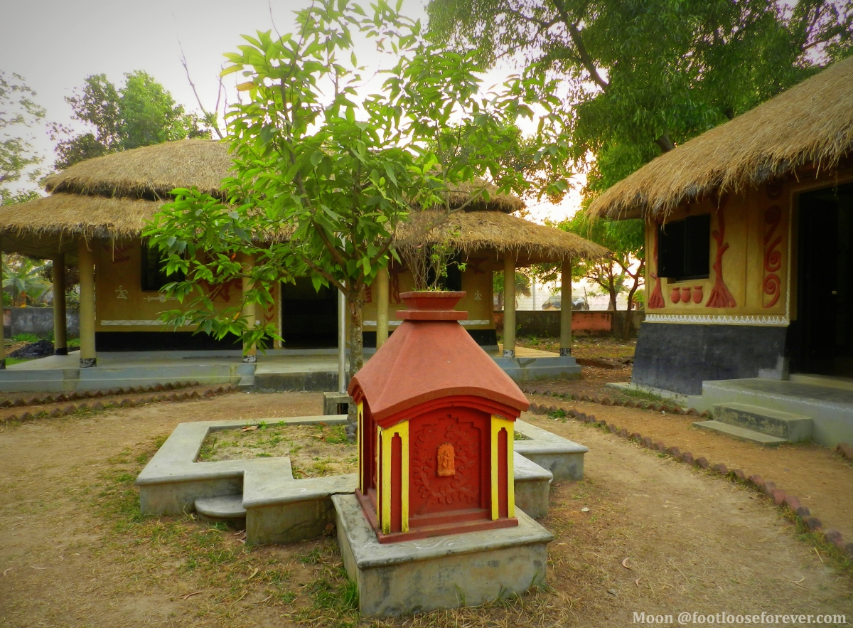 tribal cottages, Srijani Shilpagram, Shantiniketan