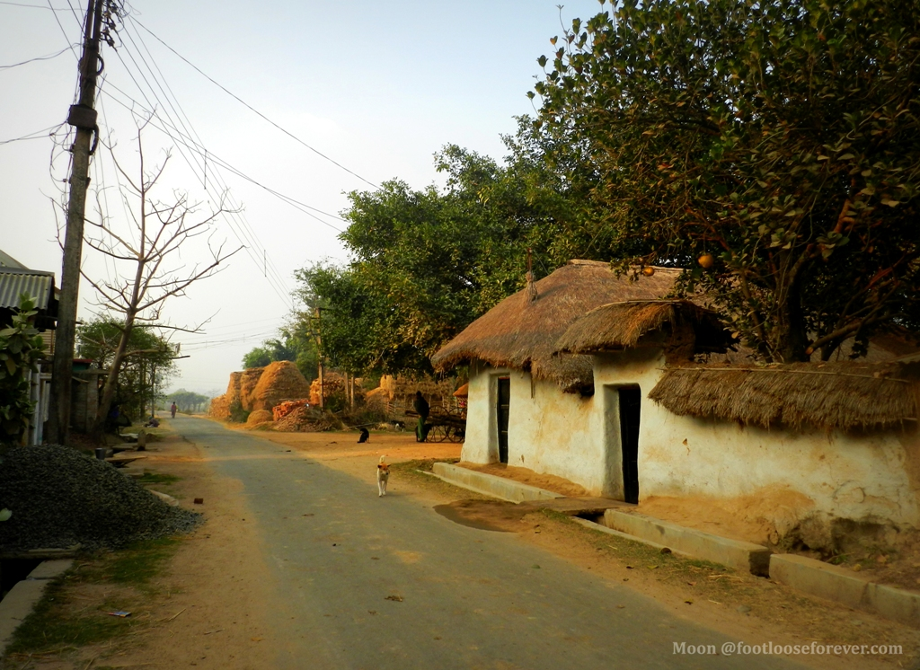 mud cottages, village, shantiniketan, bolpur, rural life in bengal