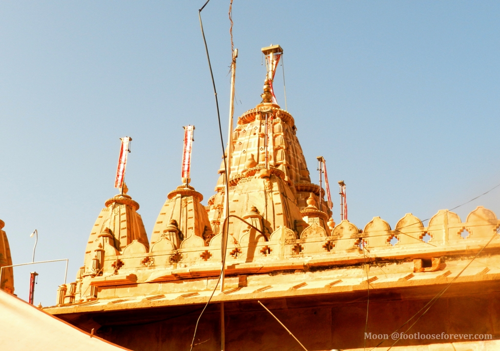 jain temple in jaisalmer fort