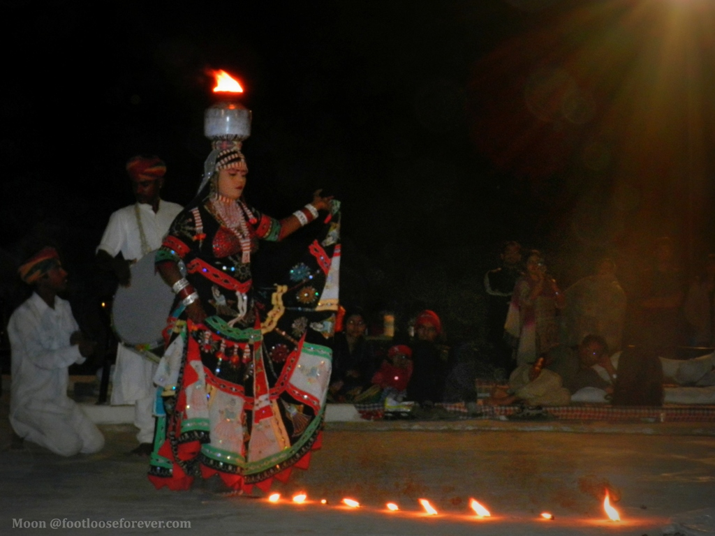 folk dancer, oasis camp resort, jaisalmer