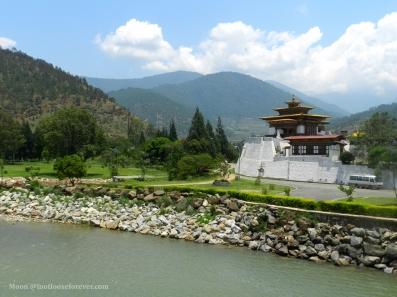 phochhu river bhutan