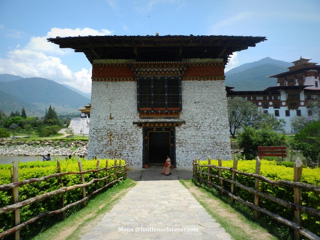 punakha monastery gate, punakha, bhutan