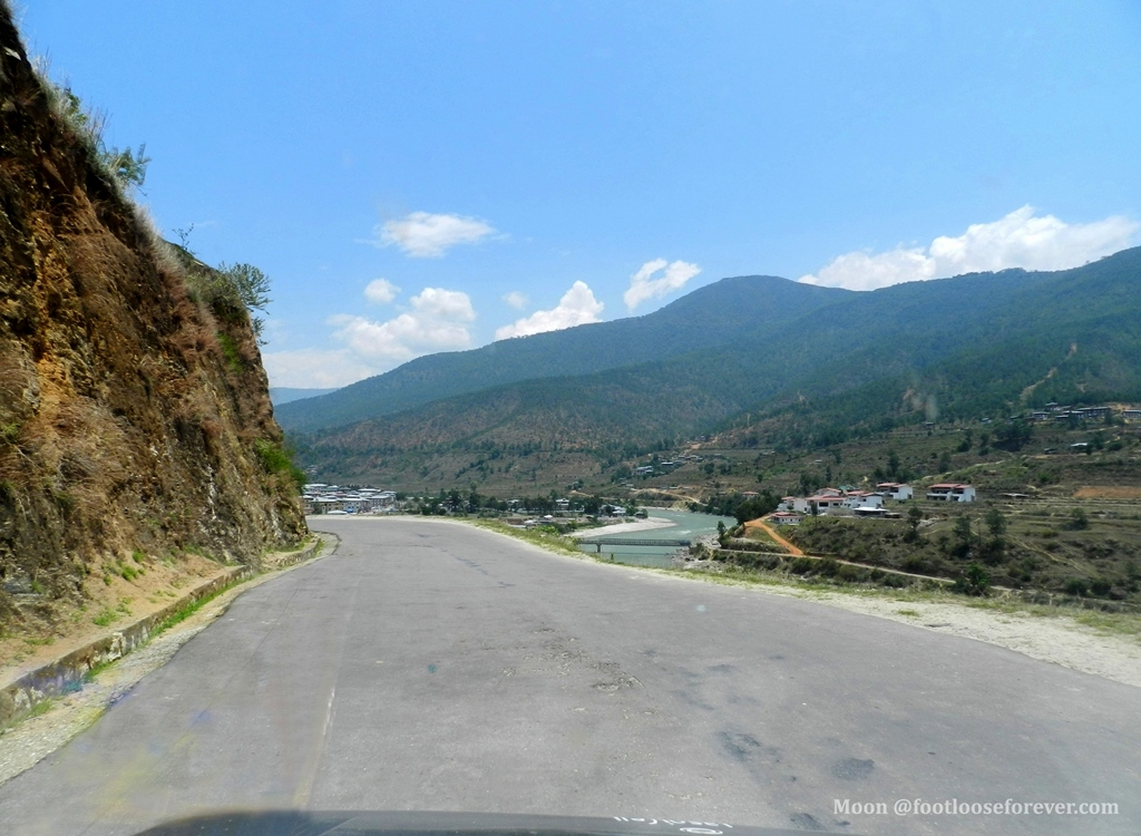way to punakha, punakha, bhutan