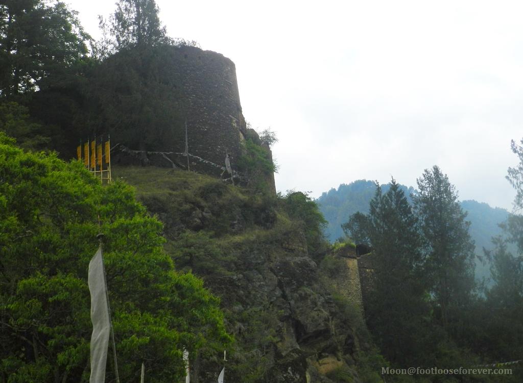 drukgyel dzong, paro, monastery, haunted