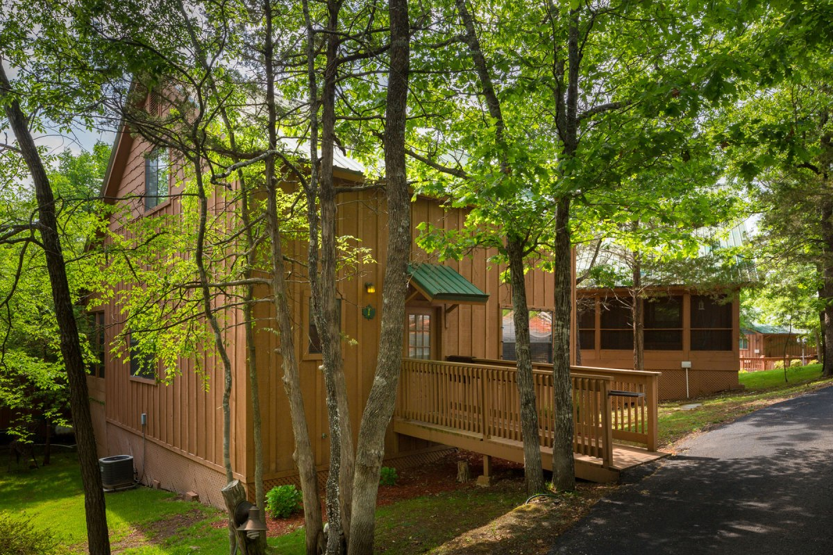 log cabin branson, missouri, forest park