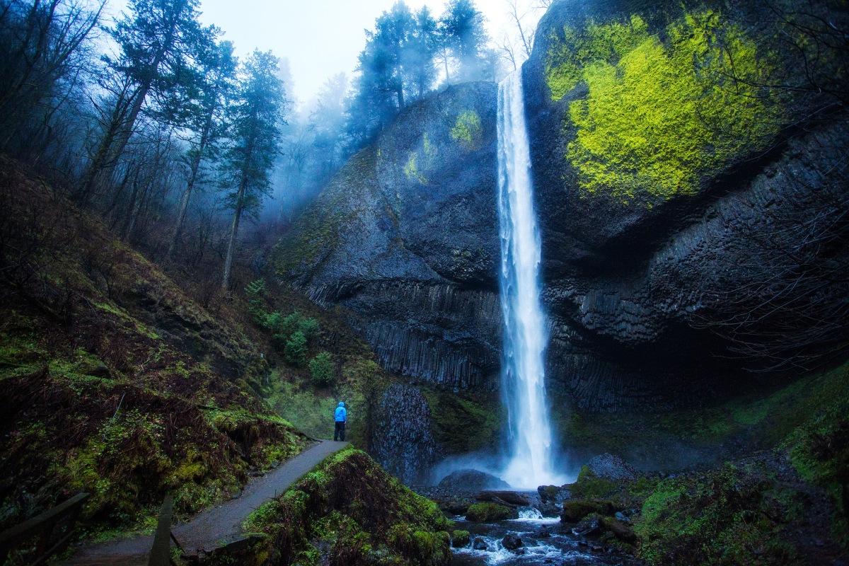 waterfalls, columbia river gorge, oregon