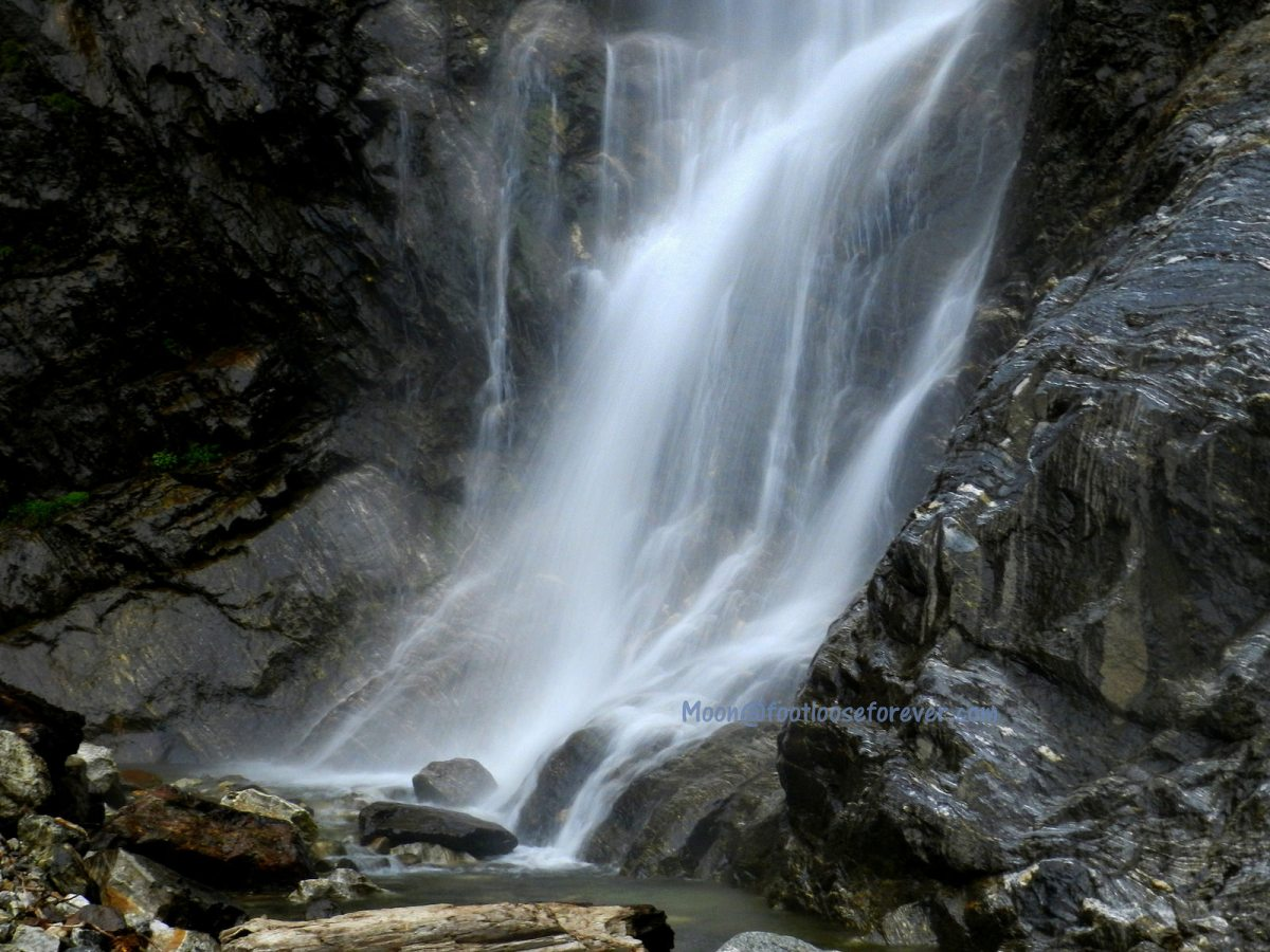 waterfalls, north sikkim, lachung, himalayas