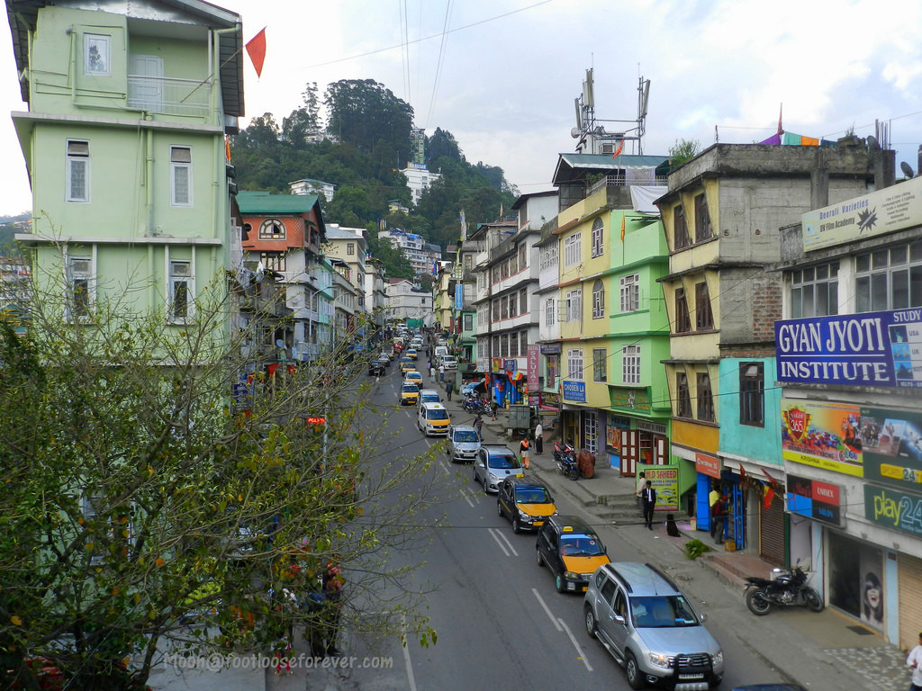 gangtok, streets in gangtok, sikkim