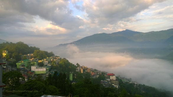 gangtok, hills, mountains, morning view